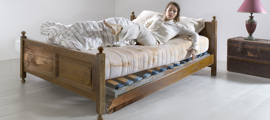 Bed Met Matras En Lattenbodem.Hoe Zie Je Dat Je Bed Lattenbodem Of Matras Aan Vervanging Toe Is