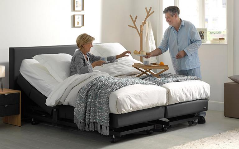 Bed 120x200 Compleet.Seniorenbedden Compleet Bed Kopen Voor 50 En Ouderen